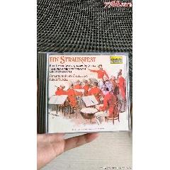 圆舞曲古典老翻版cd碟,效果不错,正常播放不退不换